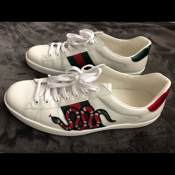 Gucci Ace Snake Embroidered Sneakers